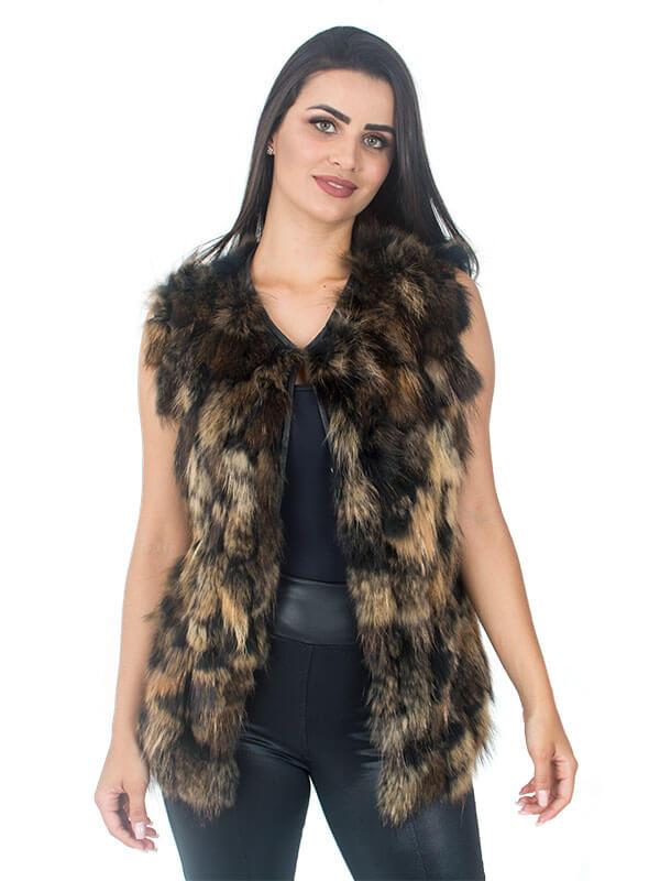 Colete em Tiras de Pele de Raccoon Cor Natural Fundo Preto - REF-CO-0087