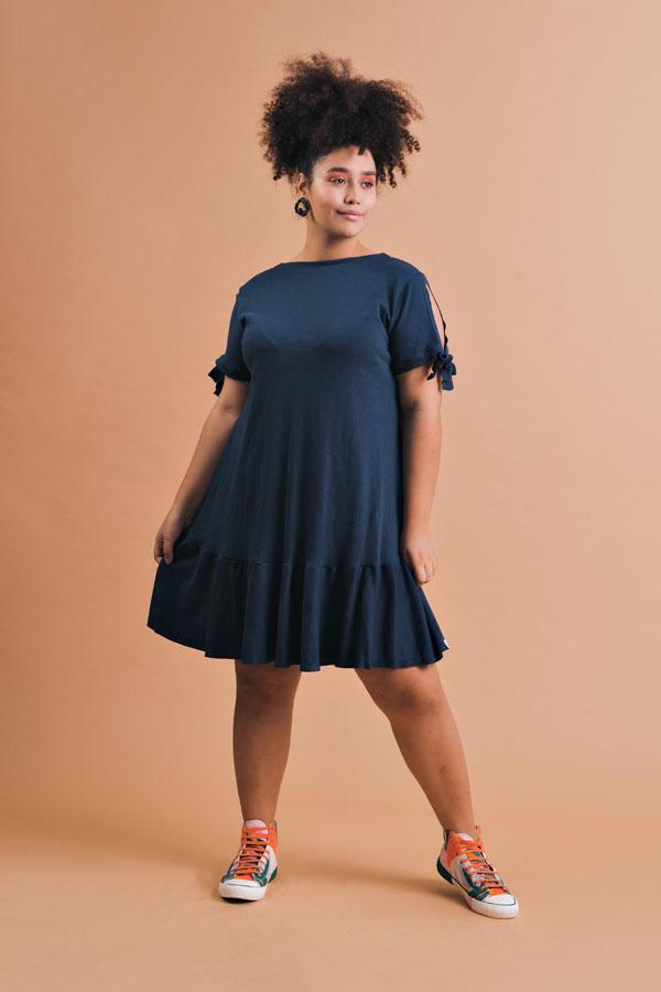 Vestido Plus Size Curto Zoe Marinho