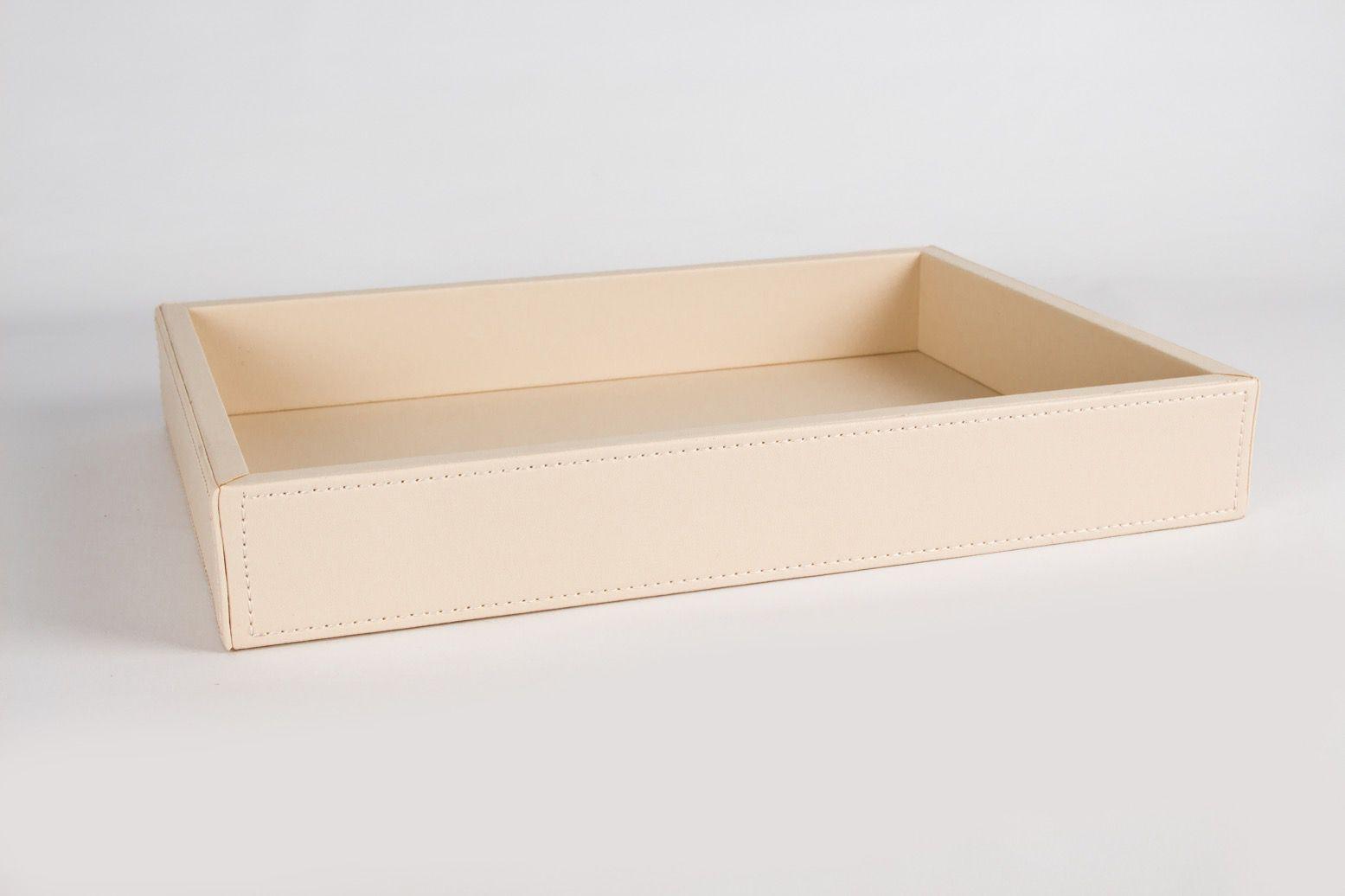 BANDEJA COURO 35x25x5,5 cm