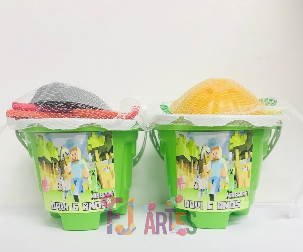 Kit com 10 baldes de praia Minecraft