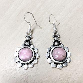 Brinco Indiano Banhado a Prata Quartzo Rosa Flor Lapidado - Últimas unidades