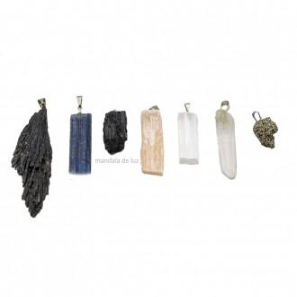 Colar Cordão e 7 Pingentes de Pedras Brutas Naturais