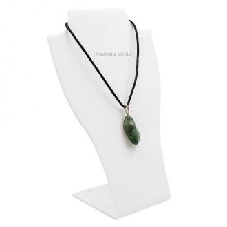 Colar de Oxossi Pedra Natural Esmeralda