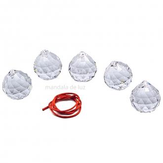 Combo com 5 Prismas Esferas Multifacetadas Cristal Asfour 40mm + Fio vermelho