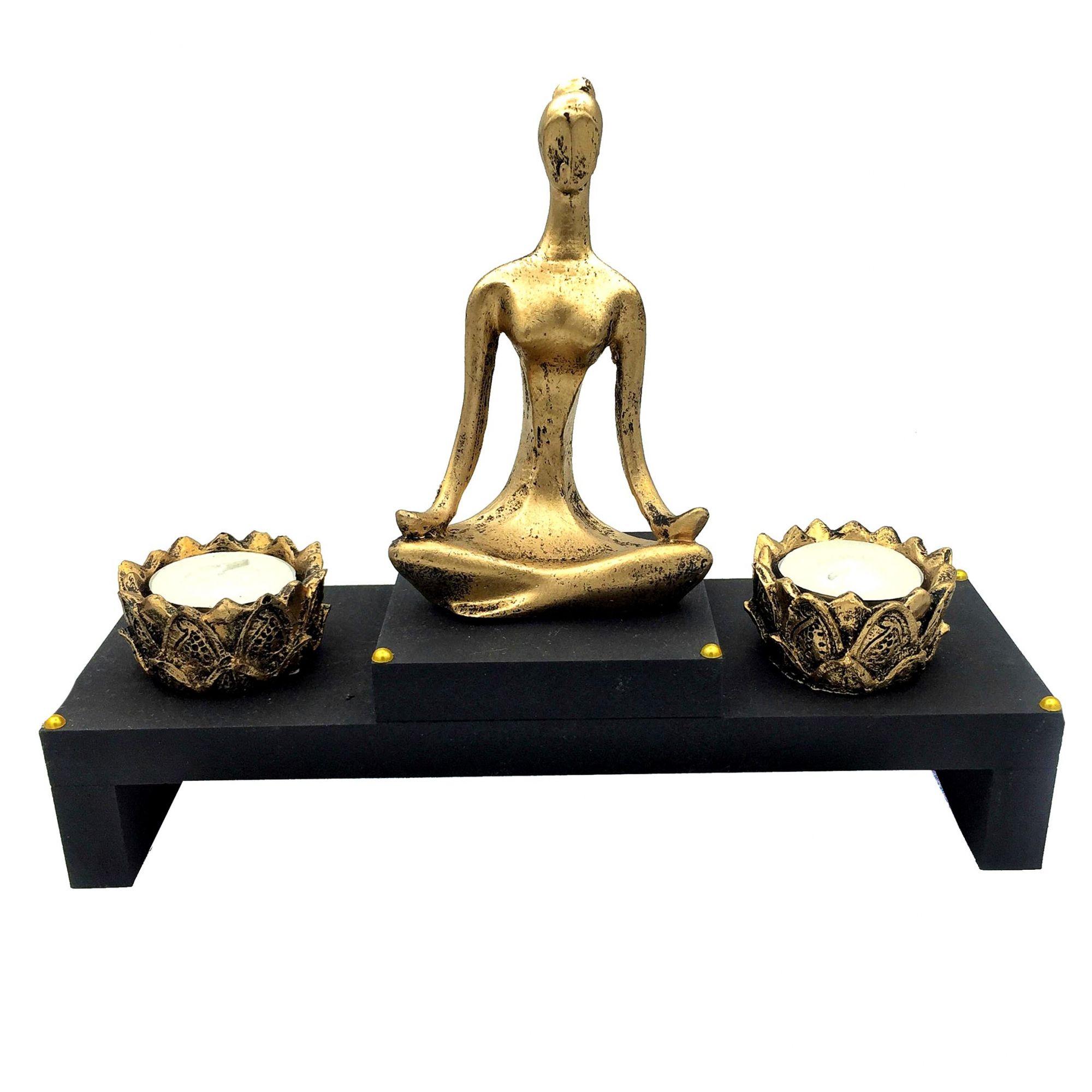 Altar com Castiçal de Yoga Dourado Pequeno
