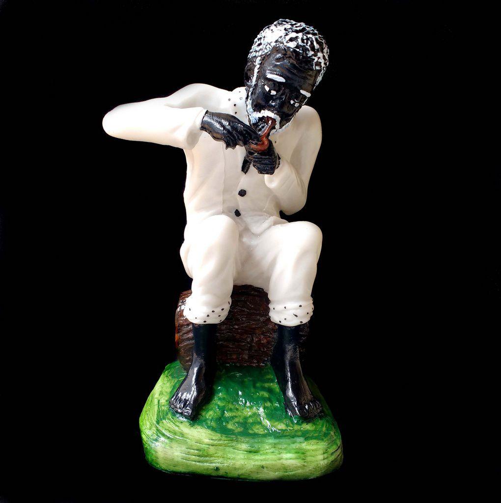 Estátua de Preto Velho Resina 20cm