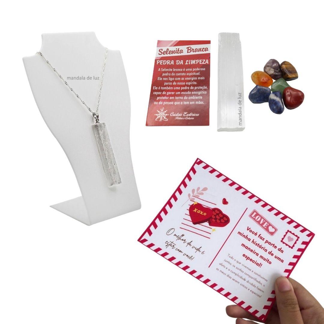 Kit Colar Folheado a Prata e Bastão de Selenita Natural + Kit dos Chakras + Cartão Postal do Amor