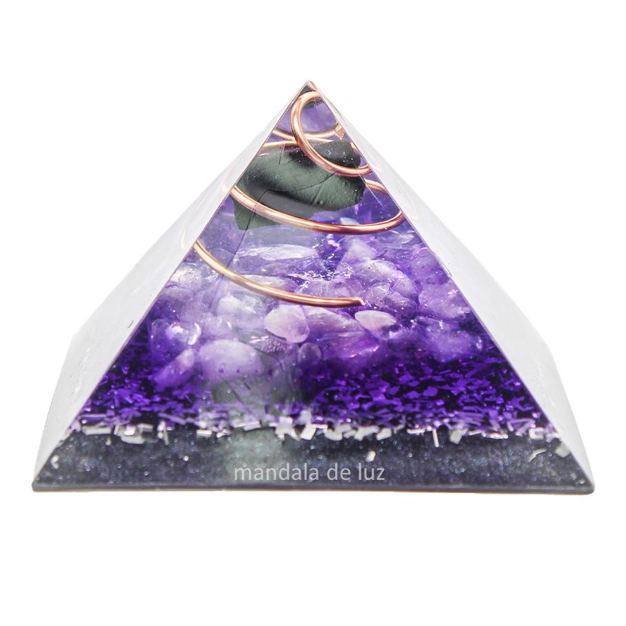 Orgonite Pirâmide Transmutação e Proteção - Ametista e Turmalina Negra