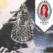 Colar Doctor Dalek