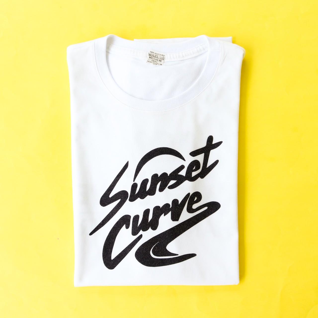 Camiseta Sunset Curve | Julie Phantom
