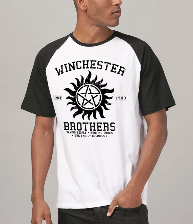 Camiseta Supernatural Winchester Brothers