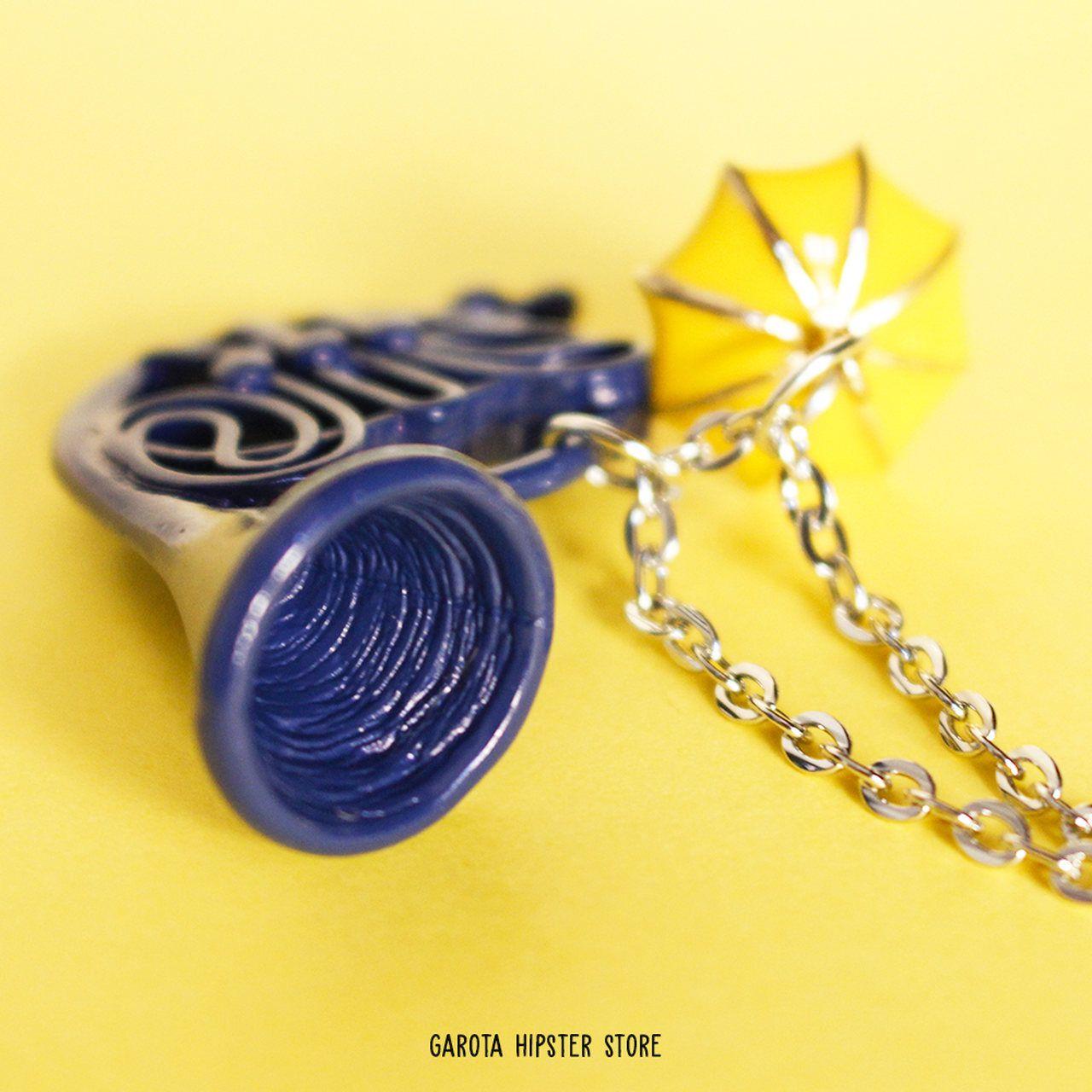 Colar How I - Trompa Azul & Guarda-chuva amarelo
