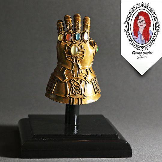 Estatueta - Manopla Artesanal