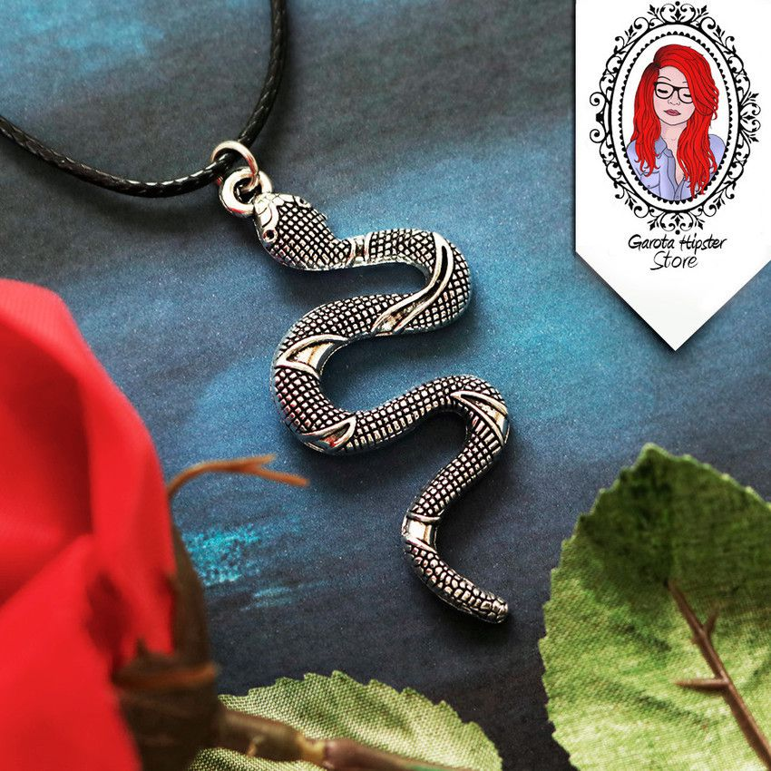 Kit River Serpentes Colar + Patch + Tatuagens Temporárias