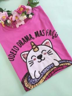 Camiseta Odeio Drama mas Faço Pink