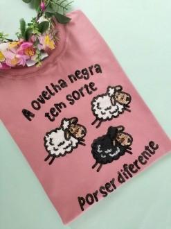 Camiseta Ovelha Negra