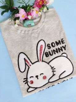 Camiseta Some Bunny Loves You Mescla