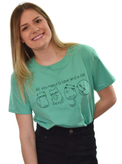 Camiseta All You Need is Love and a Cat Verde