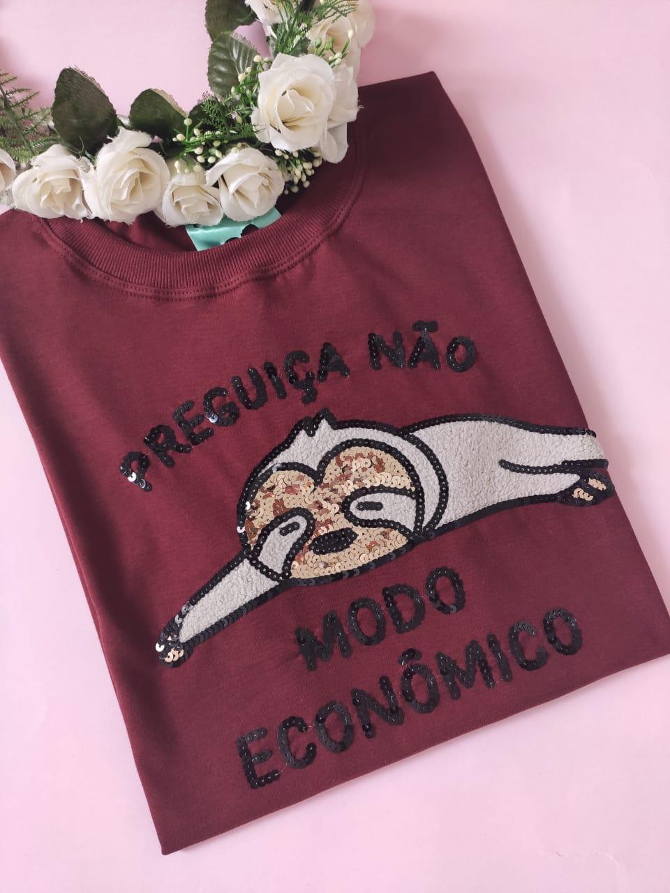 Camiseta Modo Econômico Vinho