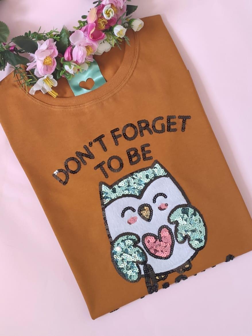 Camiseta Owlsome Caramelo