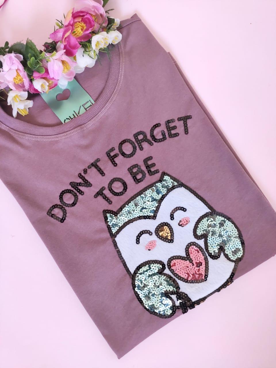 Camiseta Owlsome Roxinho