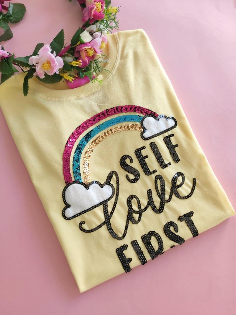 Camiseta Self Love First Amarelinha