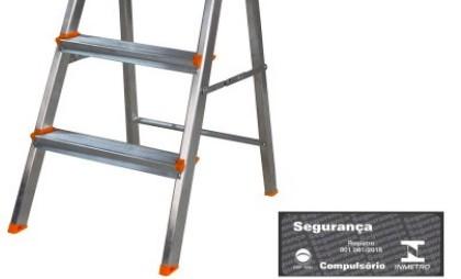Escada Domestica Aluminio 4 Degraus Agata
