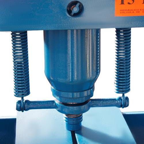 Prensa Hidráulica 15 Toneladas P15000 -Bovenau