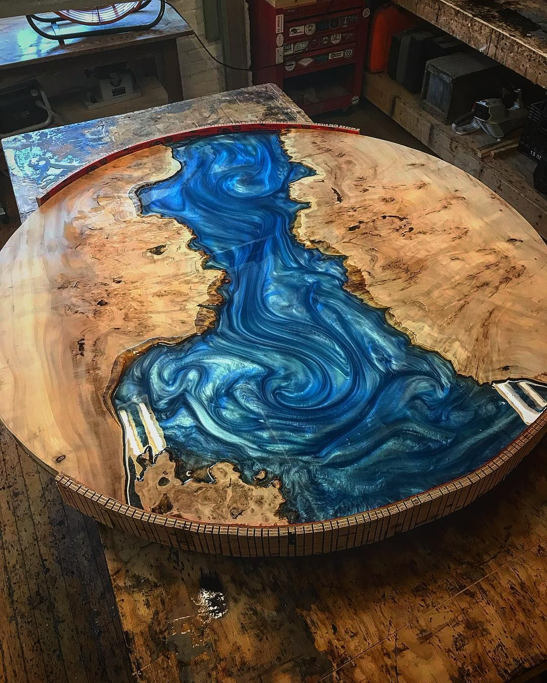 Resina Epóxi Azul Translúcida Para Mesas de Madeira River Table Madeira MDF Etc 1kg