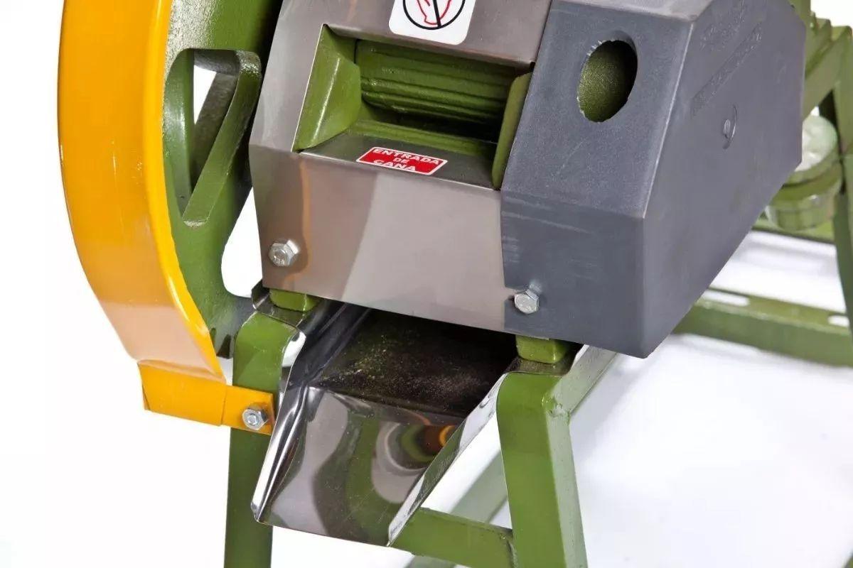 Engenho De Cana B120 Baixo Moenda Ferro C/ Motor Correia e Chave