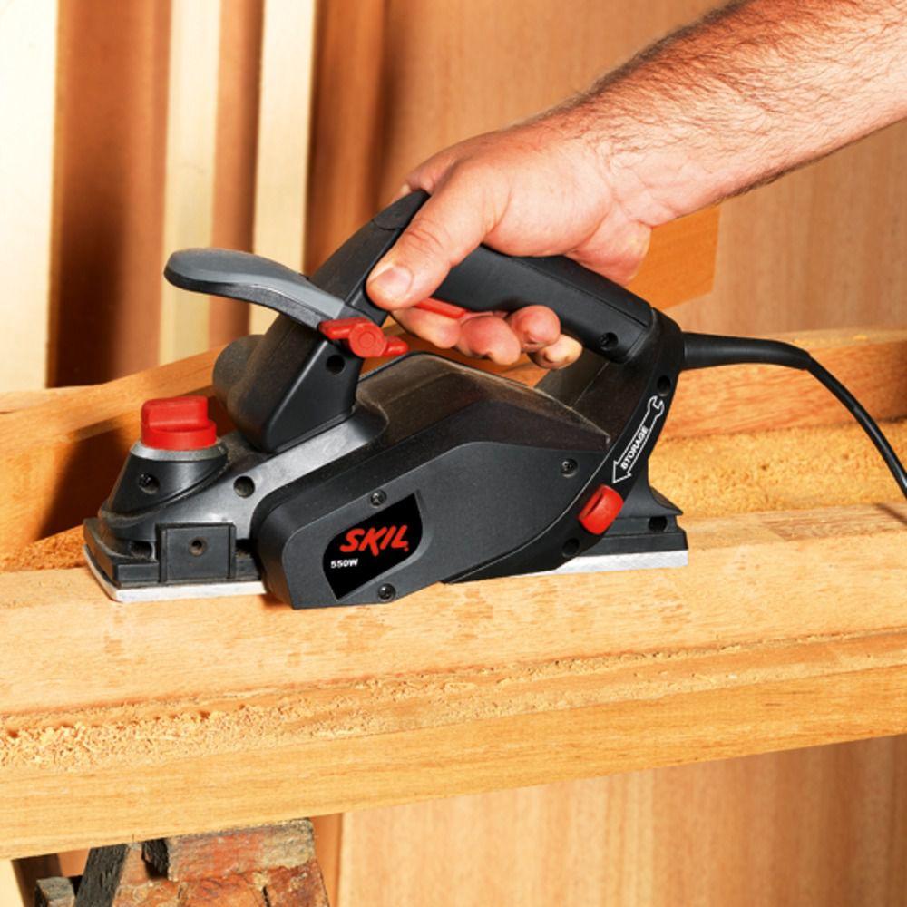 Plaina Elétrica 550W 1555 Skil C/ 2 Lâminas Reversíveis 127V