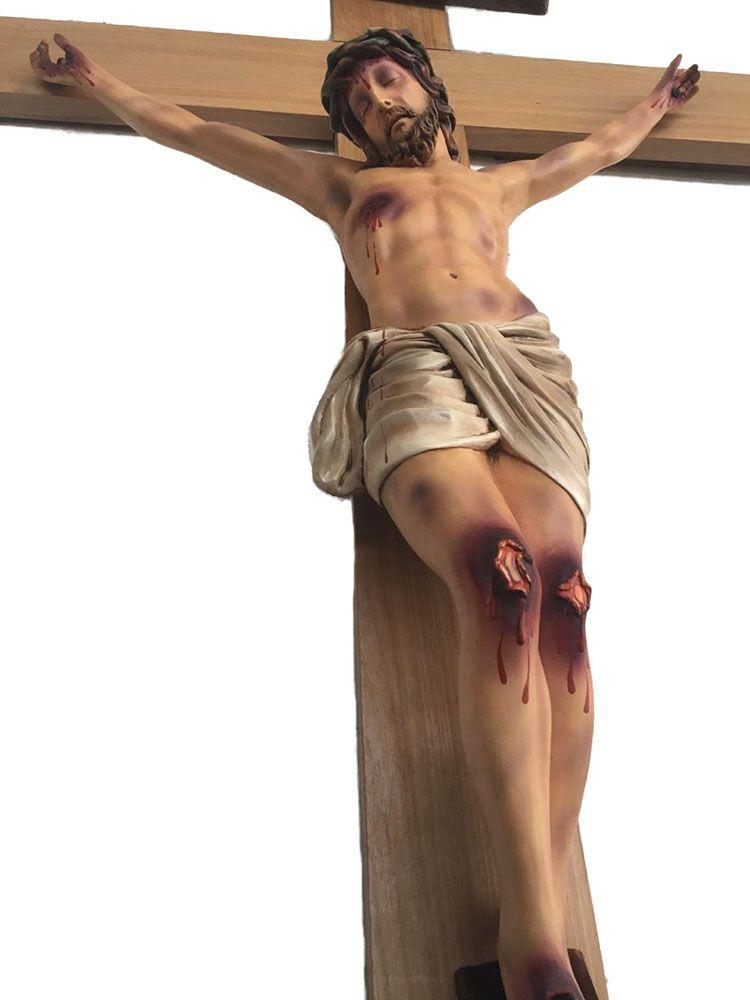 Crucifixo: 220 cm | Corpo: 110 cm
