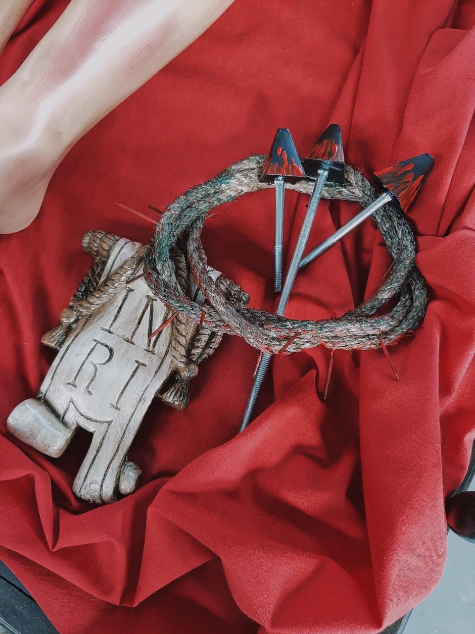 Esquife de Madeira - 70 cm x 70 cm x 280 cm