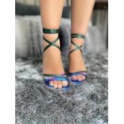 Sandália amarração na perna