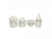 Kit Higiene Bebê Porcelana | Olhinhos Cílios Nuvem Branca | 4 peças