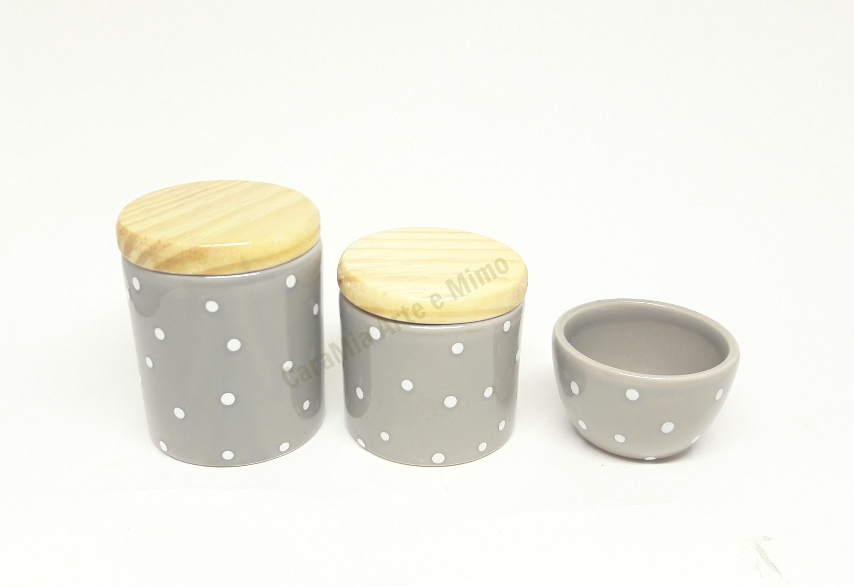 Kit Higiene Bebê Cerâmica | Cinza com Poá Branco| Tampas Madeira Pinus
