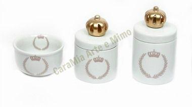 Kit Higiene Bebê |Coroa Rosa Brasão com Aplique de Coroa Dourada | 3 Peças |