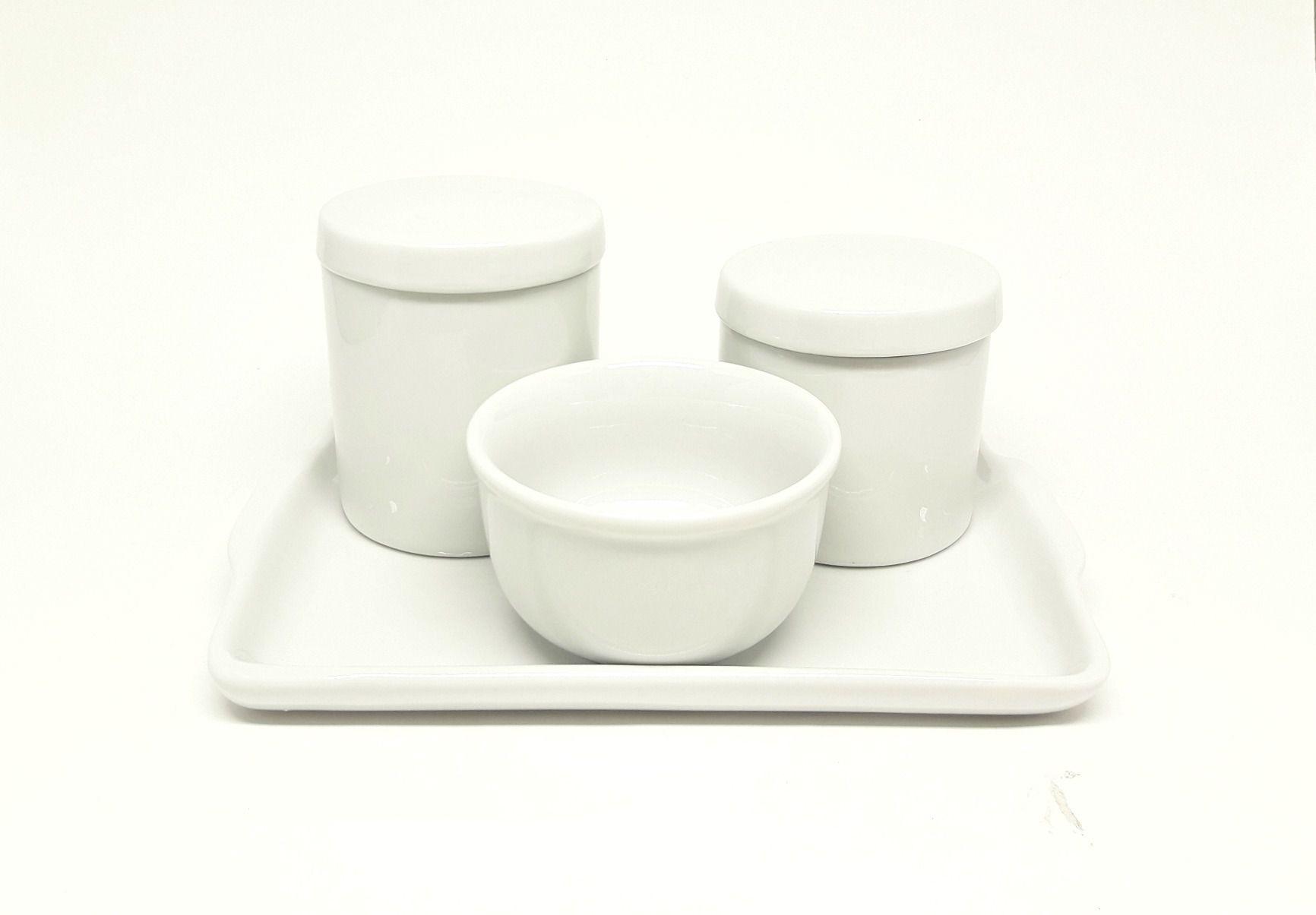 Kit Higiene Bebê Porcelana Branca de 3 peças com Bandeja