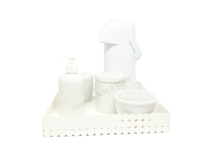 Kit Higiene Bebê Porcelana Branca Lisa com Bandeja MDF e Garrafa