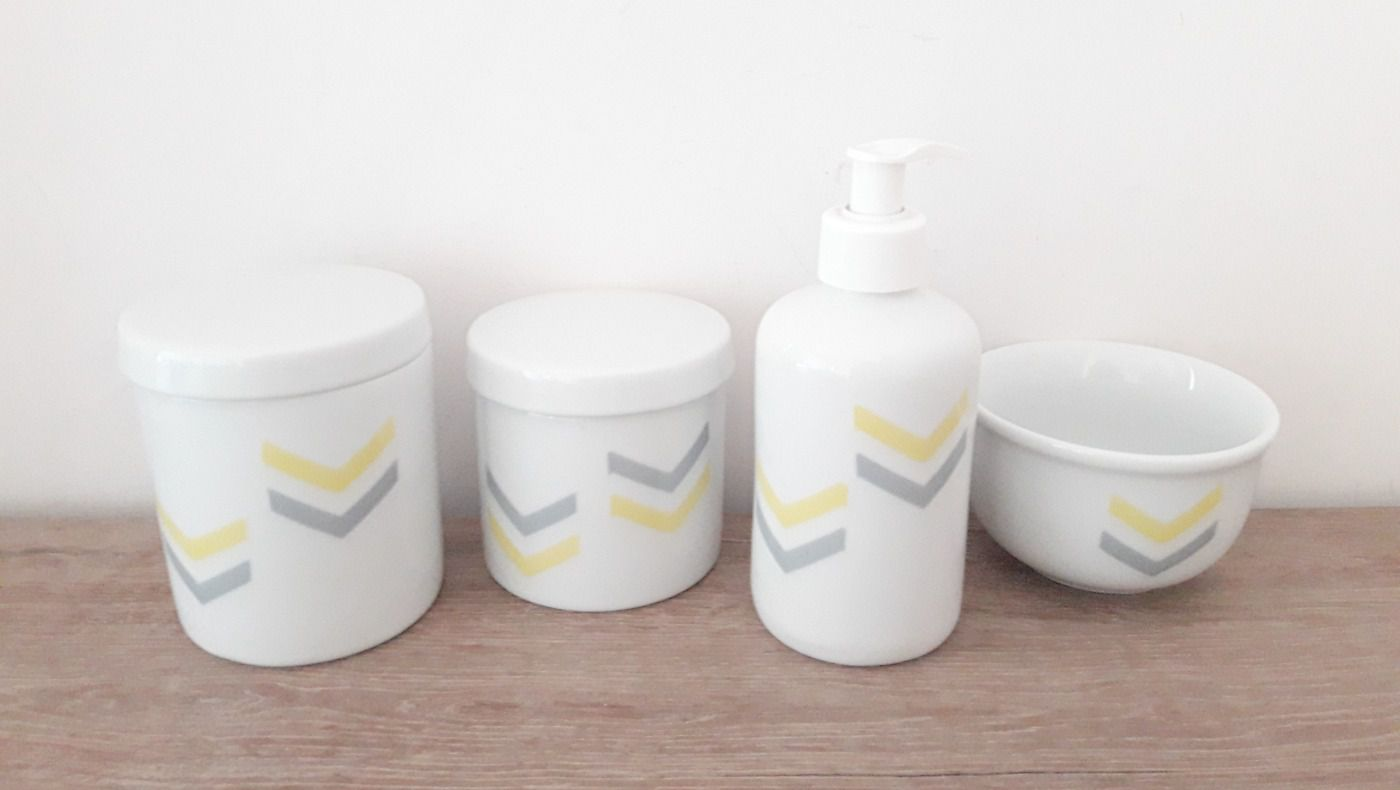 Kit Higiene Bebê Porcelana Chevron Amarelo e Cinza|4 peças