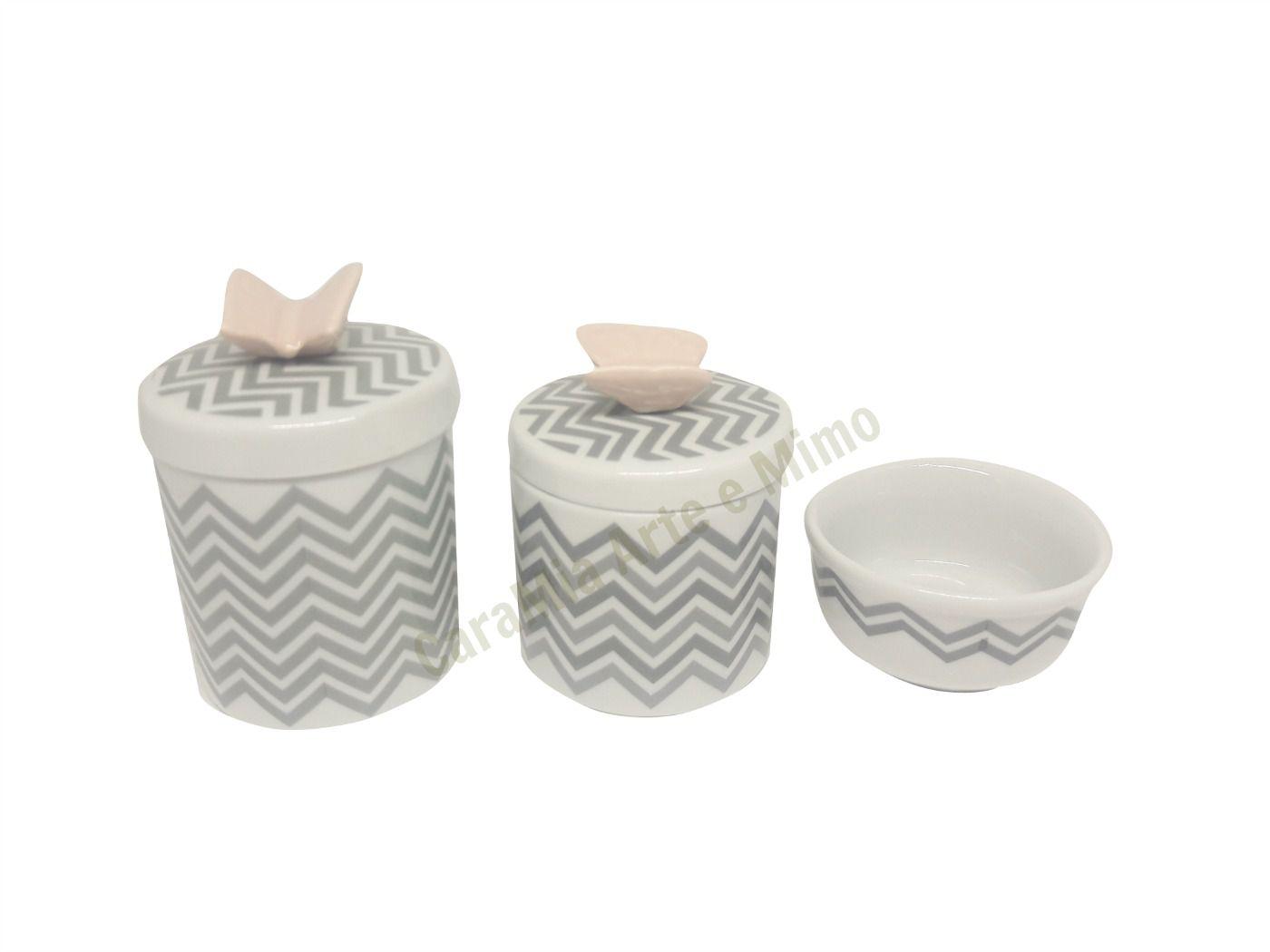 Kit Higiene Bebê Porcelana Chevron cinza | Apliques de borboletas