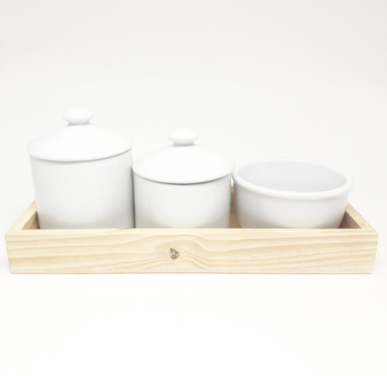 Kit higiene bebê porcelana com bandeja pinus rústica
