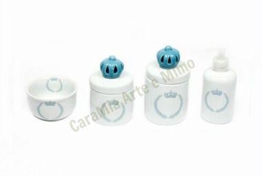 Kit Higiene Bebê Porcelana |Coroa Azul Brasão com Aplique de Coroa Azul| 4 Peças