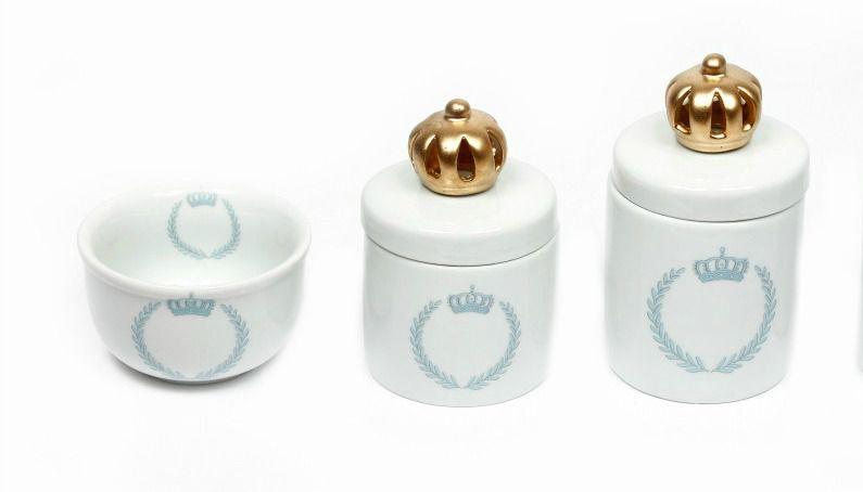 Kit Higiene Bebê Porcelana |Coroa Azul Brasão com Aplique de Coroa Dourada |  3 Peças |
