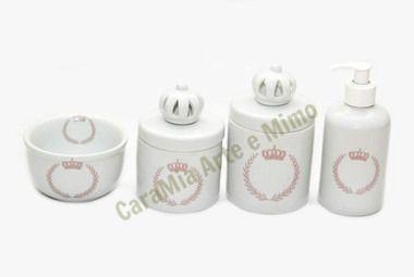 Kit Higiene Bebê Porcelana | Coroa Rosa Brasão com Aplique de Coroa Branca| 4 Peças |
