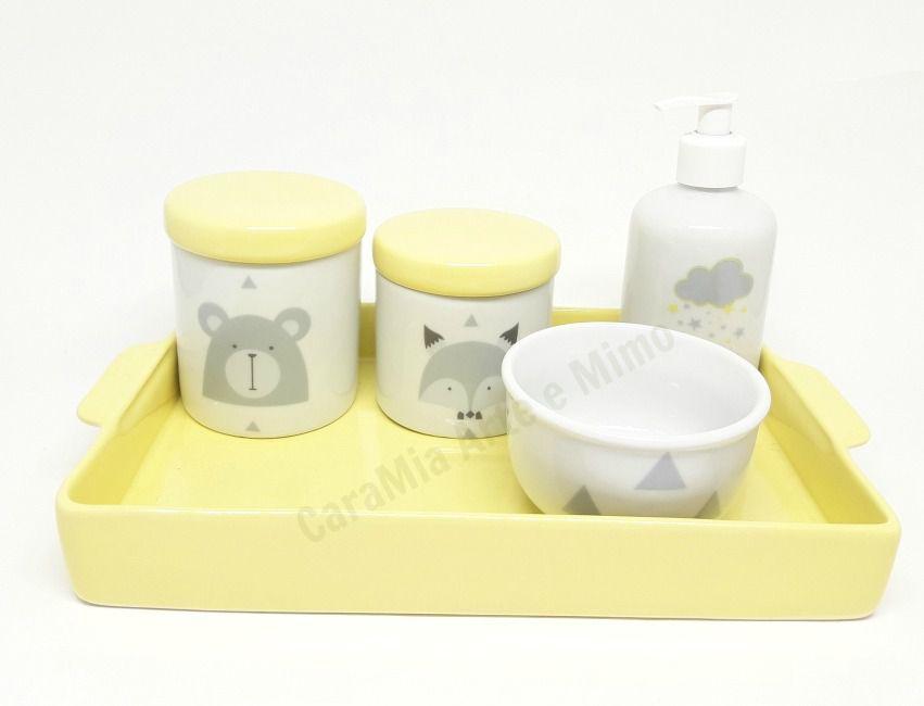 Kit Higiene Bebê Porcelana | Escandinavo com Bandeja Amarela e Chuva de Estrelinhas | Amarelo Candy