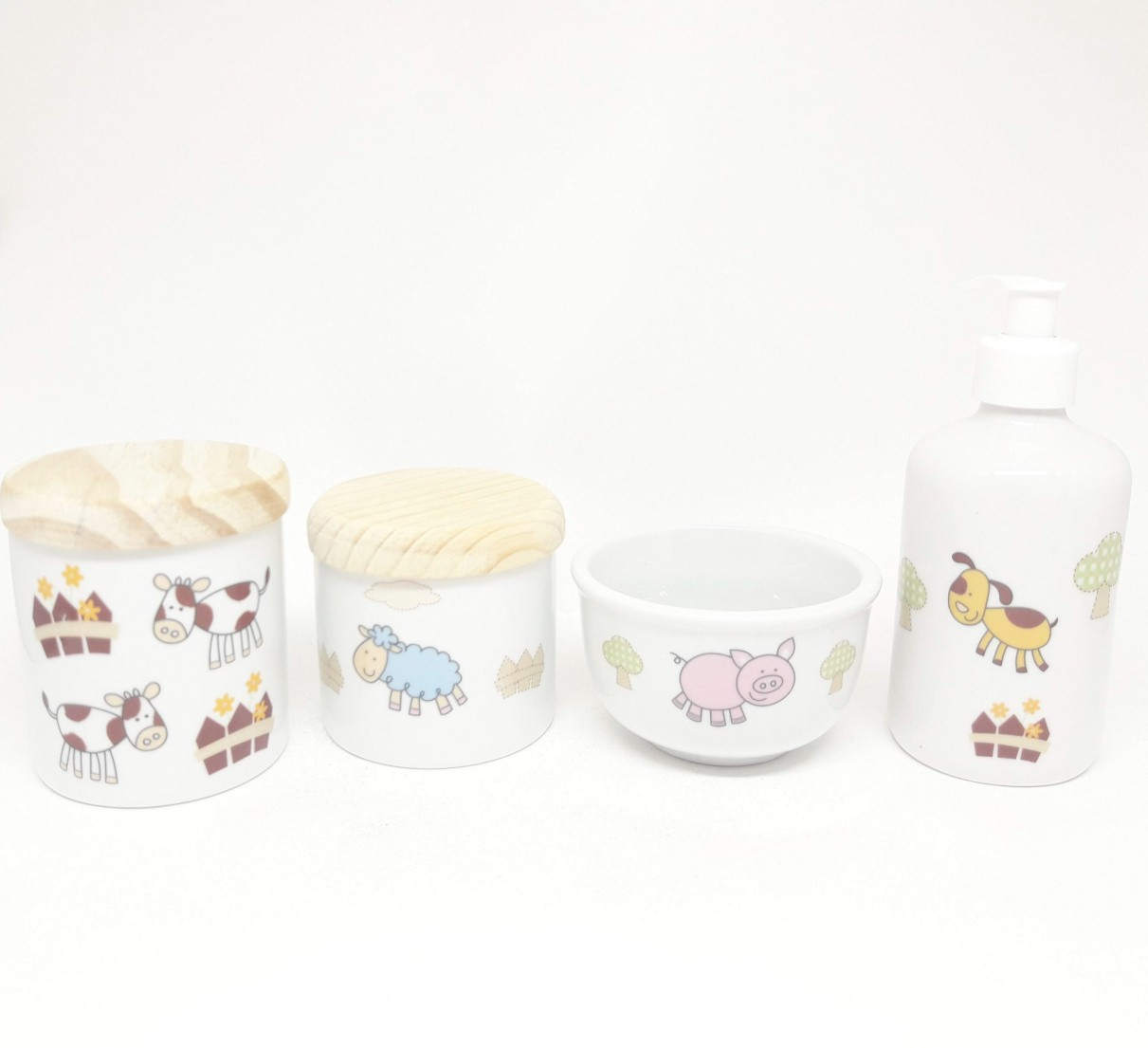Kit Higiene Bebê Porcelana Fazendinha/ Bichinhos/Safari com Tampas Pinus Rústicas