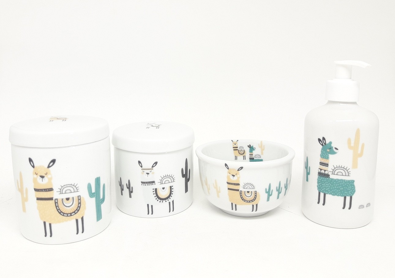 Kit higiene bebê porcelana lhamas