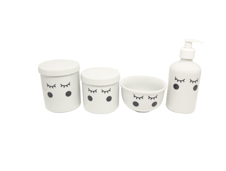 kit Higiene Bebê Porcelana Olhinhos Cílios | Bochechas Pretas | 4 peças