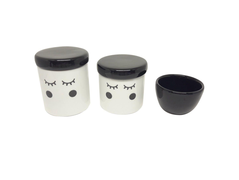 Kit Higiene Bebê Porcelana | Olhinhos Cílios | Bochechas pretas |  Tampas e Molhadeira Pretas